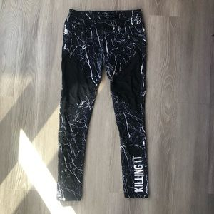 "B&W Marble ""Killing It"" SoulCycle Tights"